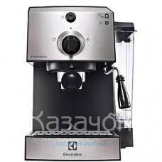 Кофеварка эспрессо Electrolux EEA 111